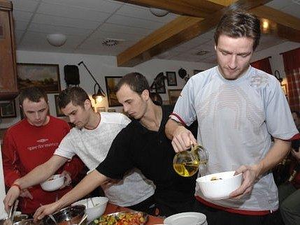 Nová posila Jaroslav Černý se přesunul za svým novým týmem na soustředění do Špindlerova Mlýna.