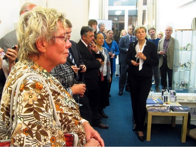 V říjnu byla otevřena na zastoupení Středočeského kraje výstava Sklářství. Belgickým i evropským zástupcům ukázala tradiční řemeslo.