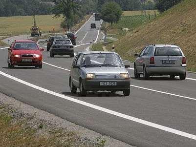 Pražský magistrát trvná na variantě vést vnější okruh přes Suchdol a Březiněves.