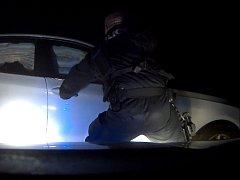 Únik řidičky zastavil sloup veřejného osvětlení