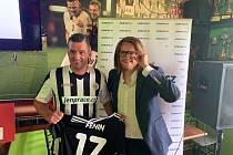 Martin Fenin a ředitel halvního partnera klubu, portálu JenPrace.cz Radovan Hypš