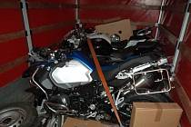 Kradené motorky v polské dodávce.