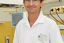 Primář dětské pediatrie Thomayerovy nemocnice Pavel Kabíček.