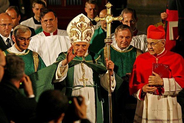 Papež v Praze