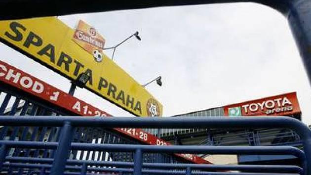 Domácí půda Sparty - stadion na Letné.