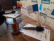 Setkání s primátorem: připravené mikrofony