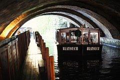 Vodní kanál pod Křížovnickým náměstím je dlouhý 60 metrů