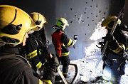 Požár v pokoji v ulici Bulharská.