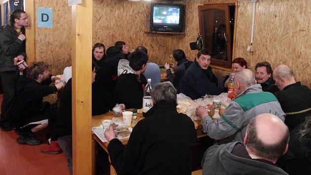Bezdomovci v Praze dostanou vánoční večeři bb9d04566c