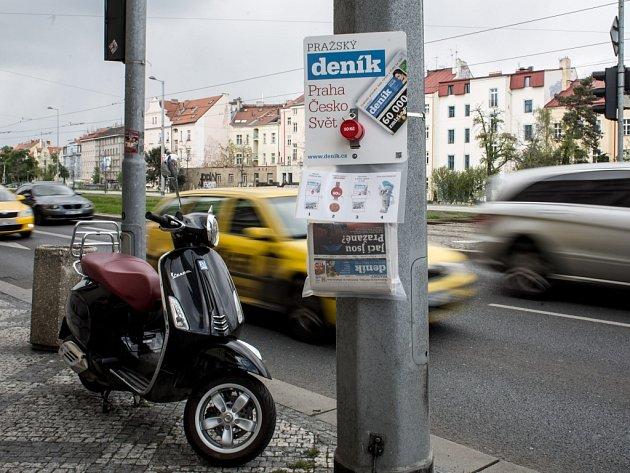 Kasička pražského deníku. Ilustrační foto.