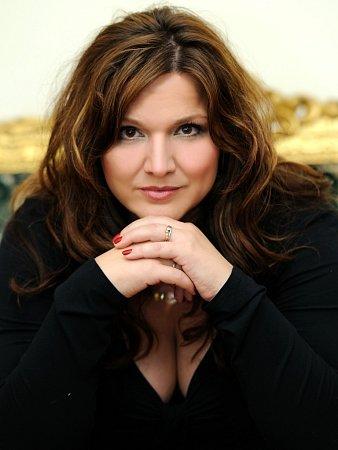 Šárka Rezková, manželka zpěváka Jiřího Brabce.