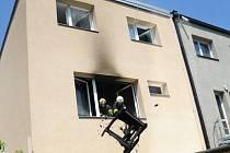 Požár kuchyně v prvním patře obytné vily v ulici Na Větrově na Lhotce v Praze 4.