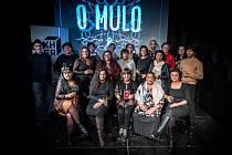 Autoři sbírky O mulo!