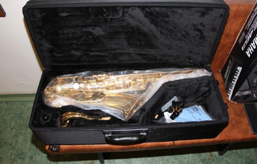 Ukradené hudební nástroje.