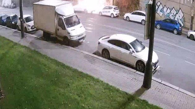 Zapálení vozidla v Praze 4.