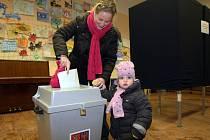 Druhé kolo prezidentské volby v Uhřiněvsi, 25. ledna 2013