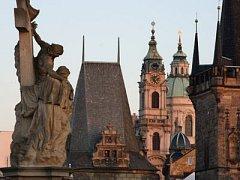 NEJENOM OTŘEPANÉ KLIŠÉ, ale i opravdová krása. O tom, že je Praha stověžatá, se nyní může každý přesvědčit na internetu./Ilustrační foto