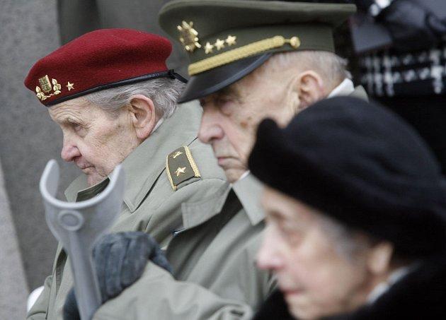 Vojenští veteráni.