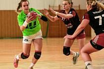 Házenkářky Poruby nezvládly vstup do play-off, když v Polance prohrály úvodní semifinále s pražskou Slavií 22:29.