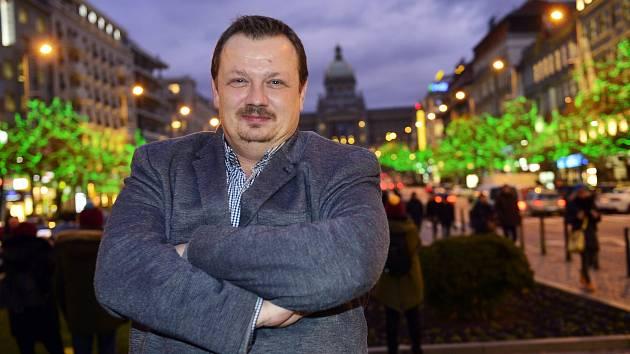 Mikuláš Kroupa poskytl 2. prosince 2019 v Praze rozhovor Pražskému deníku.
