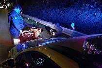 Policie dopadla motorkáře se zákazem řízení.