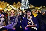 Akce Deníku s názvem Česko zpívá koledy se konala 11. prosince 2019 na Staroměstském náměstí v Praze.