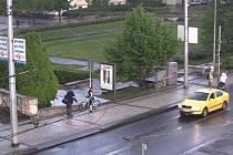 Hledaný při incidentu s cyklistkou na Palackého náměstí