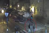 Dva podezřelí mladíci.