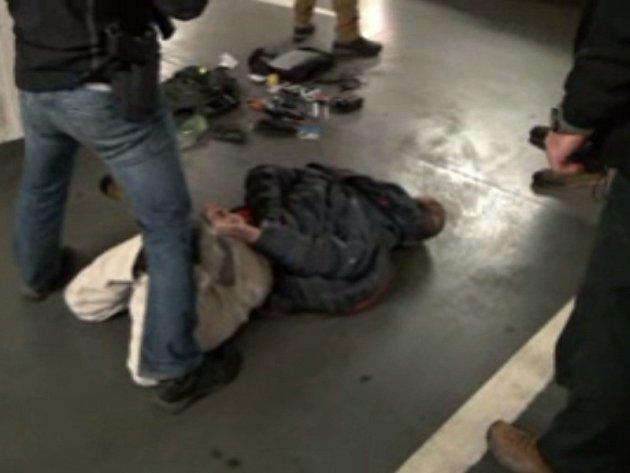 Policejní případ s krycím názvem Korek: zatčení údajného vraha svědka drogových kšeftů na Slovensku.