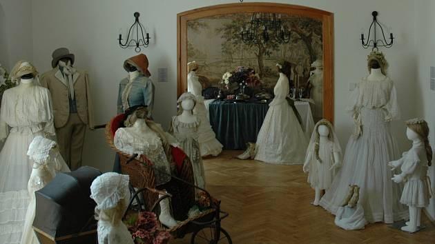 V Muzeu Kouzlo starých časů se po celý prodloužený víkend koná Prodejní retro bazar.