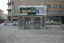 Výtahy do stanice metra Anděl.