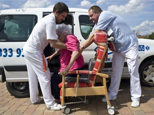 Program 'Era pomáhá regionům': zvedák pro ošetřovatelský provoz hospice.