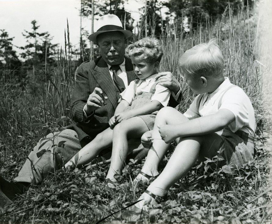 Hugo Vavrečka, Ivan Havel a jeho bratr Václav v roce 1943.