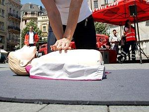 Nácvik první pomoci. Ilustrační foto.