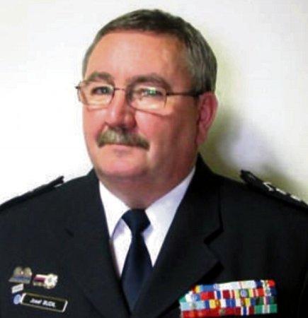 Plukovník Josef Budil zkrajského odboru služby dopravní policie.