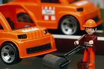 Společnost Efko, český výrobce her a hraček vrací na trh figurku s názvem IGRÁČEK