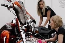 Na Výstavišti v pražských Holešovicích začal 3. března 15. mezinárodní veletrh motocyklů a příslušenství Motocykl.