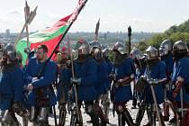 Ze zahájení šestého ročníku Bitvy národů v Praze, mistrovství světa ve středověkém kontaktním boji.