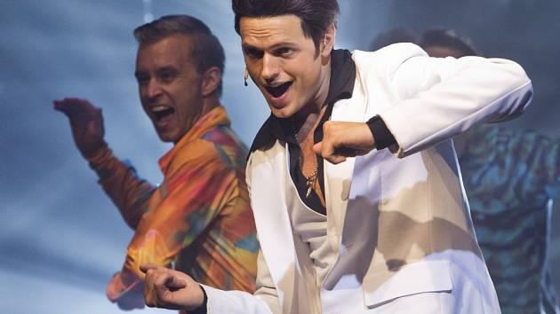 Ukázka z amerického muzikálu Horečka sobotní noci v režii a choreografii Jána Ďurovčíka, proběhla 3. září v pražském divadle Kalich. Na snímku Jan Kříž.