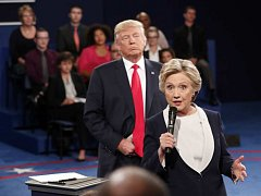 Donald Trump a Hillary Clinton při prezidentské debatě.