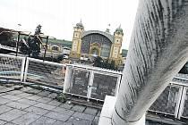 Areál holešovického Výstaviště je dlouhodobě zpustlý a není účelně využíván. Od ledna příštího roku má přejít pod správu hlavního města. To má v plánu Výstaviště postupně proměnit v zónu celodenní rekreace.