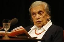 Spisovatelka a novinářka Lenka Reinerová se dožila 92 let.