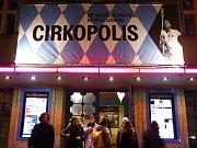 13.-18. února 2017 probíhá v Paláci Akropolis a v Divadle Ponec festival nového cirkusu v Praze Cirkopolis.