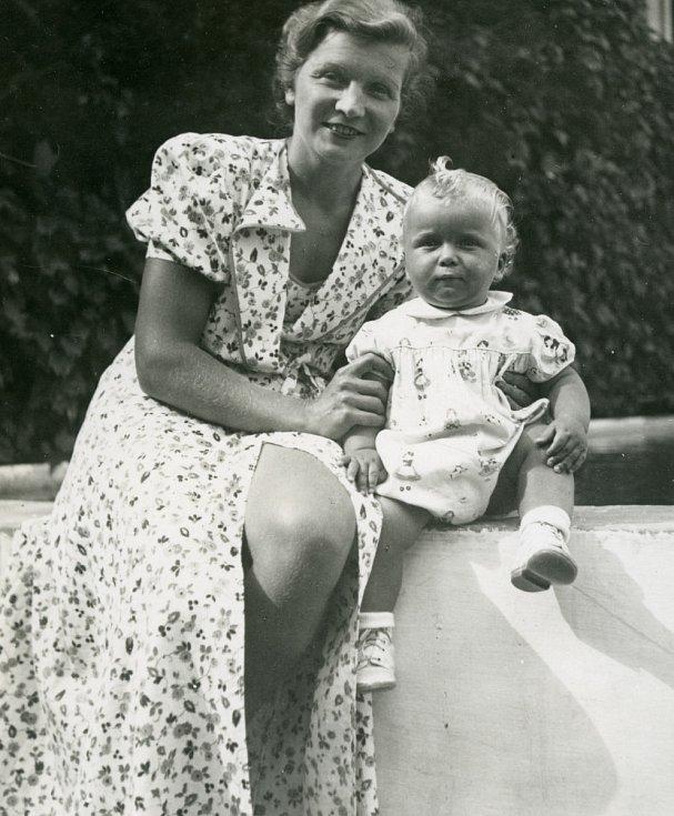 Ivan Havel s maminkou Boženou.