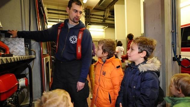 Den otevřených dveří na hasičské stanici. Ilustrační foto.