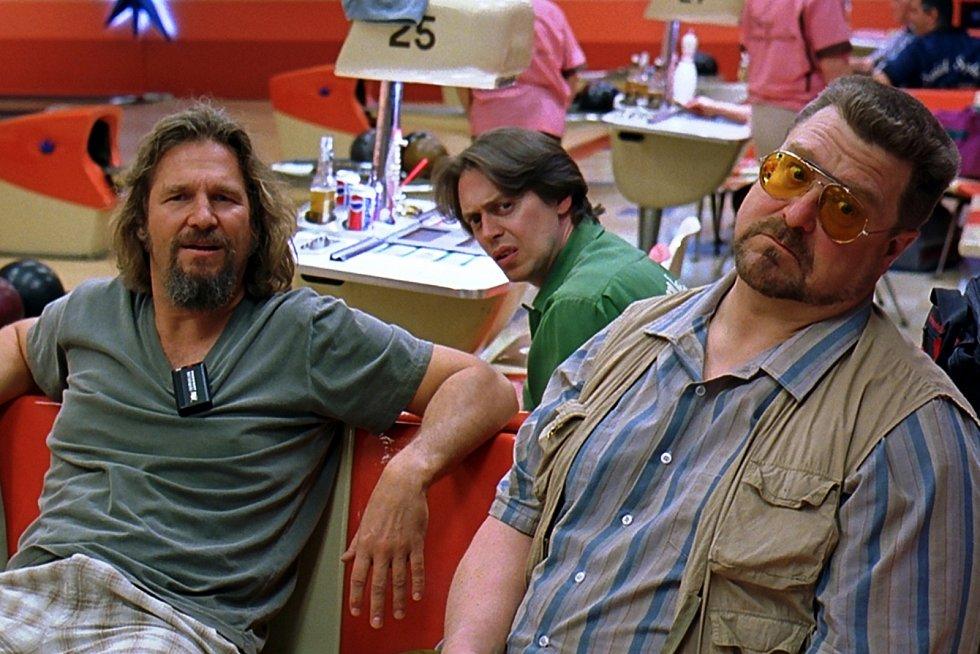 Letní kino v Ledárnách slavnostně zahajuje provoz filmem Big Lebowski.