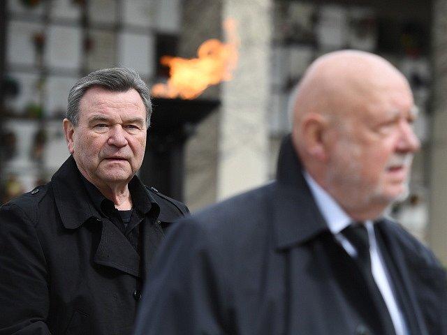 Herec Václav Postránecký (vlevo).