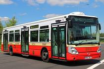Retrobus Karosa Citelis s evidenčním číslem 3510 v barvách pražských autobusů 30. let minulého století.