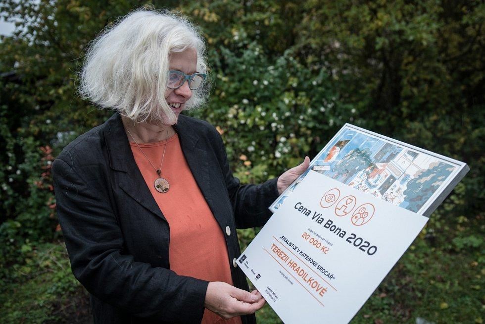 TEREZIE HRADILKOVÁ. V roce 1990 spoluzakládala Českou unii nevidomých a slabozrakých.