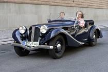 Národní technické muzeum představilo historický vůz Aero HP 50 z roku 1938, který se zúčastní vzpomínkového závodu historických aut 1000 mil československých mezi Prahou a Bratislavou.
